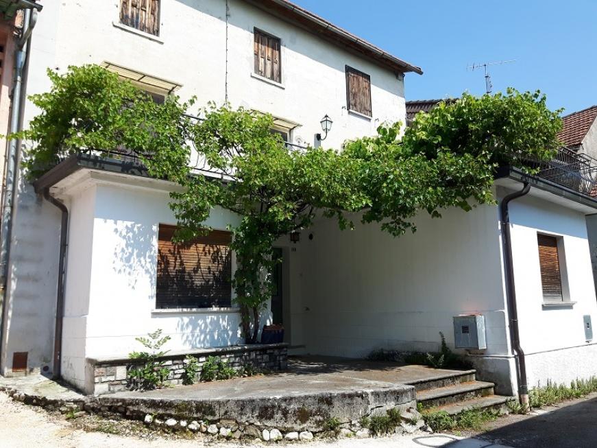 Roccaforte, Chies D'Alpago, 3 Stanze da Letto Stanze da Letto, ,1 BagnoBathrooms,Casa a schiera,Vendita,Roccaforte,1009