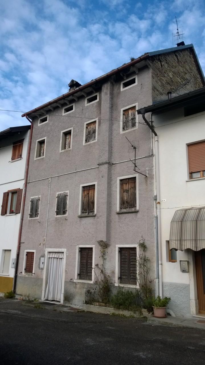 La Vizza n. 38, Chies D'Alpago, 4 Bedrooms Bedrooms, ,1 BagnoBathrooms,Casa a schiera,Vendita,La Vizza n. 38,1058
