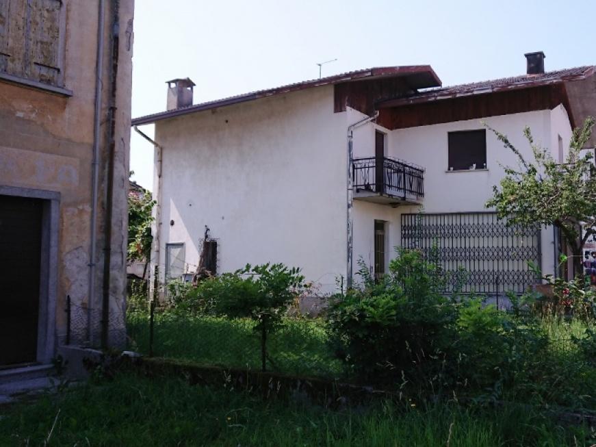 13 Roma, Alpago, 1 Camera da Letto Stanze da Letto, ,2 BathroomsBathrooms,Casa singola,Vendita,Roma,1072